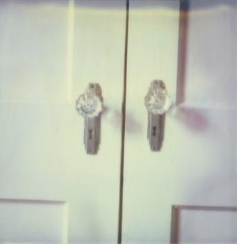 #crystalknob #1930s #vintage #door #cross